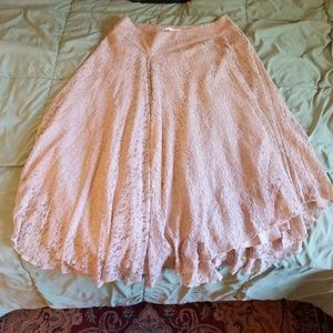 Graceful asymmetric skirt taupe pink lace